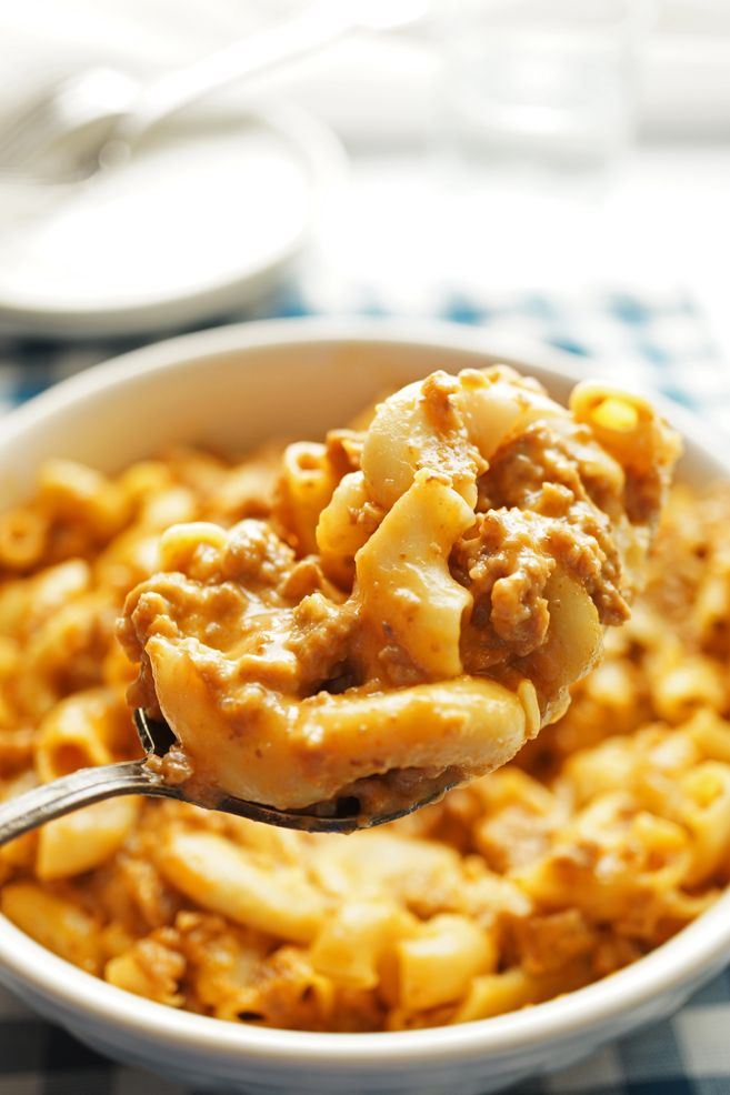 Velveeta Cheese Burger Mac and Cheese- THE BEST AND CREAMIEST STOVE TOP MAC AND CHEESE EVER
