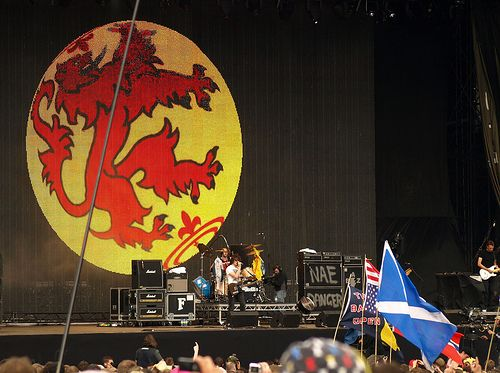 The Top Famous Scottish Bands of All Time : 15 of the Best (with videos)