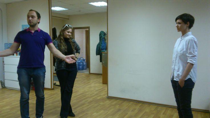 День рождения копирайтера Гали. Дмитрий Крутов поздравляет.