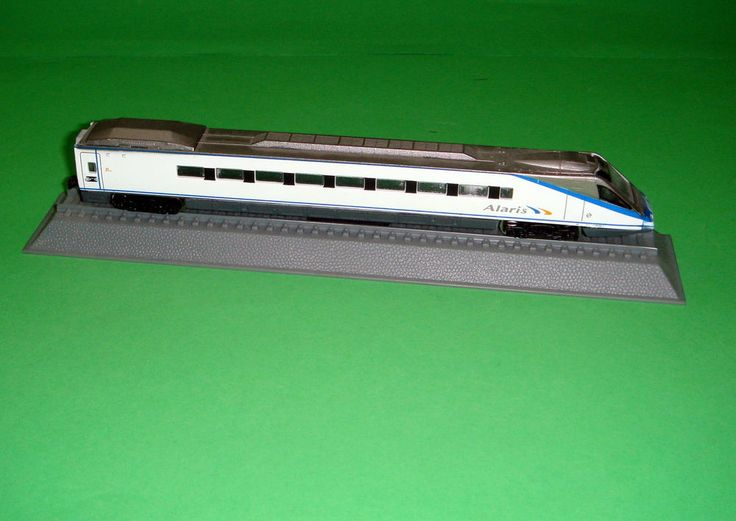 Tren en miniatura ESCALA M 1:160 G=9mm Renfe ETR 490 ALARIS -buen estado