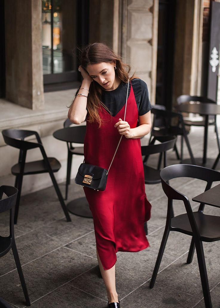 New Years Eve style, Grana silk slip dress in burgundy worn by Australian fashion blogger, Inspiring Wit