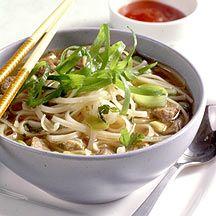 Thai-Suppe mit Nudeln & Filetstreifen