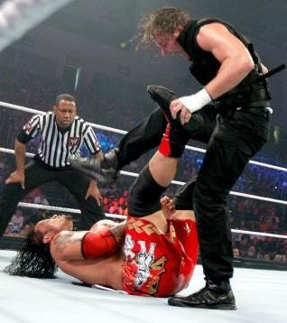 WWE Main Event 6/19/13: The Shield vs The Usos & Justin Gabriel