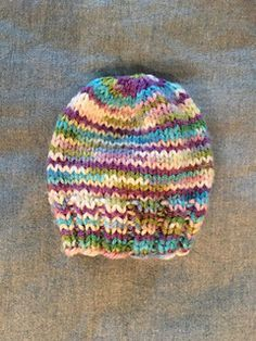 "This is a simple ""recipe"" for knitted preemie hats. The pattern includes  instructions for knitting the hats on either straight needles or DPNs (how… a6859db3f17"