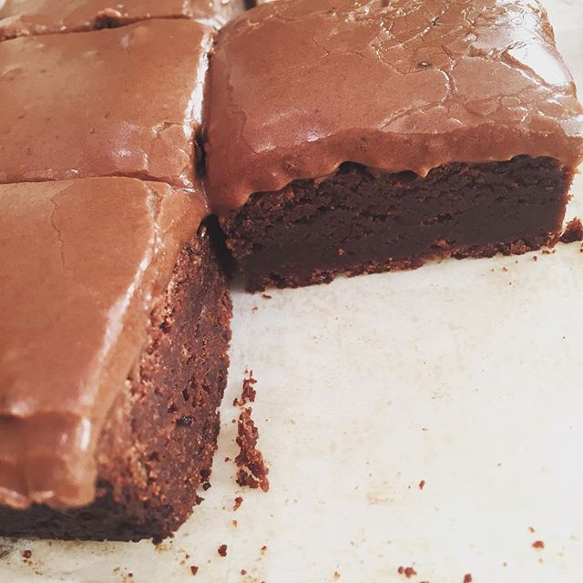 Pin for Later: 10 Outrageously Brilliant Cooking Tips From Laura Vitale For fudge-like chewy brownies, top with a chocolate glaze. Get the recipe: glazed chewy brownies