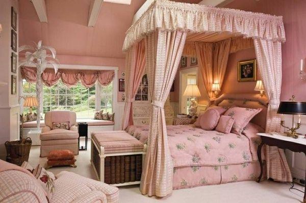 prinzessin schlafzimmer sanftes rosa himmelbett bettbank sessel