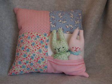 Pocket PillowDolls Pattern, Pocket Pillows, Pillows Tutorials, Baby Bunnies, Kids Crafts, Pillows Pattern, Rag Dolls, Bunnies Pillows, Baby Gift