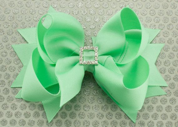 #Boutique #Bow #claw-clip hair styles 2019 #Green #Hair #Mint