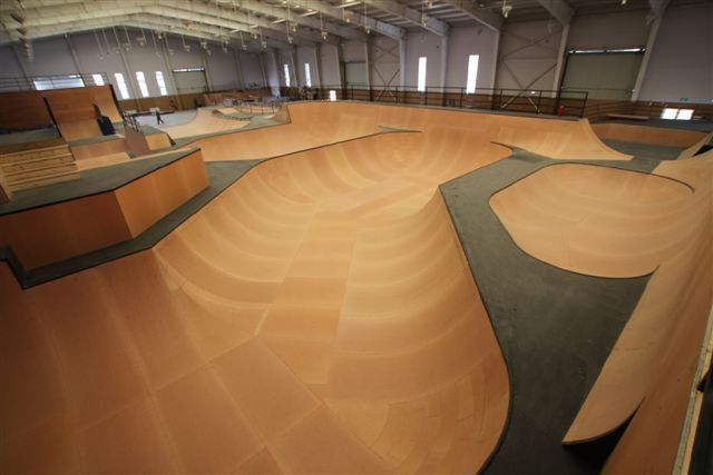 Bangers in Beijing | Alli Sports - Skateboarding, BMX, Moto, Freeski, Snowboard