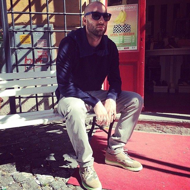 A touch of #sun #sunglasses #retrosuperfuture #cotton #knit #esemplare #trousers #maisonclochard #shoes #pulchrum