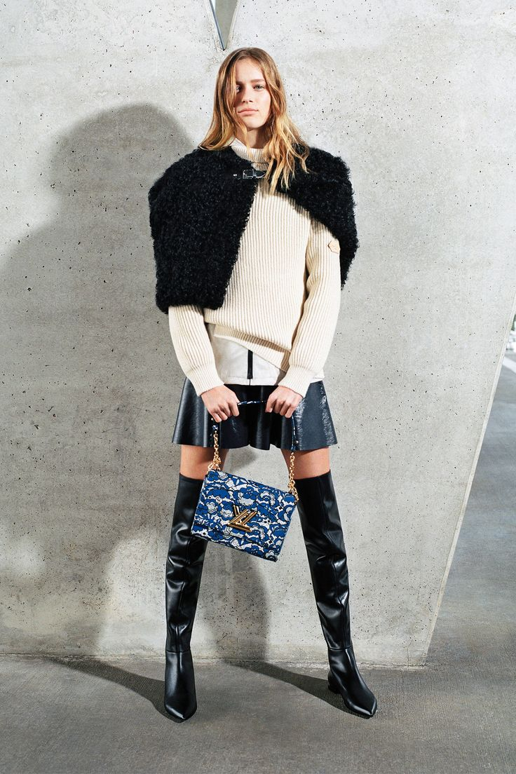 Another cool link is lgmsports.com  Louis Vuitton Pre-Fall 2017 Collection Photos - Vogue