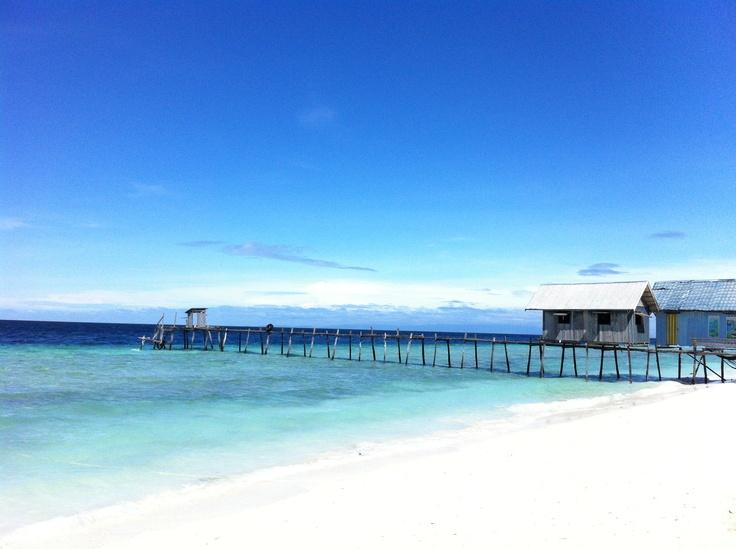 Honeymoon - PomPom Island