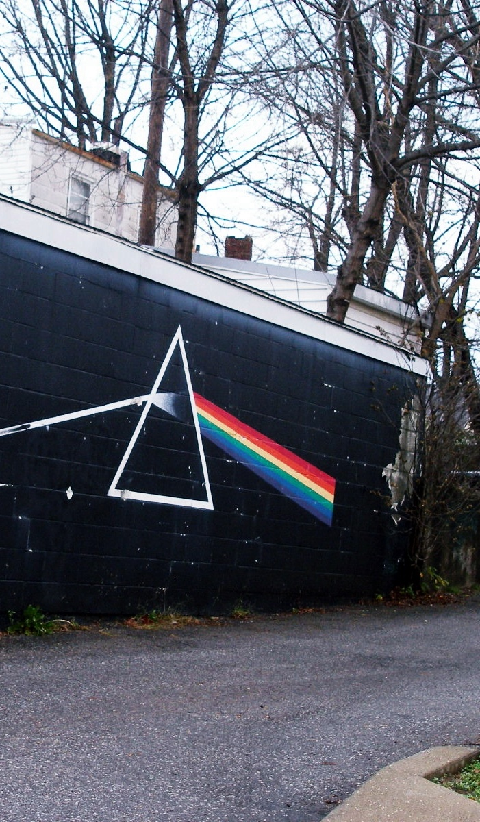 The Dark Side of the Wall