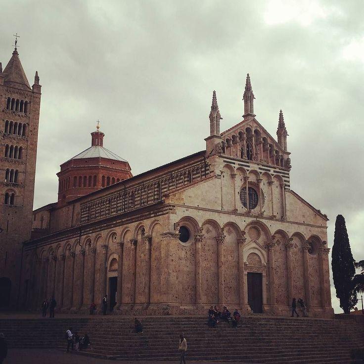 The wonderful Cathedral of Massa Marittima #massa #instamood #instadaily #picoftheday #volgotoscana #volgoitalia #art #discovertuscany #architecture #chiantilife #igers #igerstoscana #love #beautiful #church #duomo #instatravel #instavacation #aroundtheworld #toscana