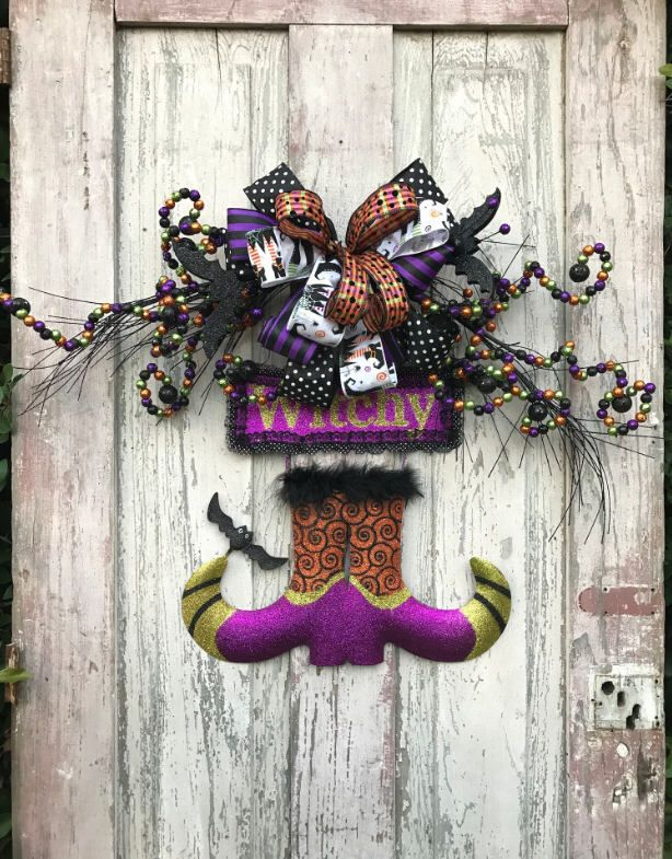 Witch boots wreath,Halloween witch Wreath,witch boot door hanger,Halloween Door Wreath,Halloween door hanger, Halloween Swag,Halloween Decor by Keleas on Etsy https://www.etsy.com/listing/261036251/witch-boots-wreathhalloween-witch