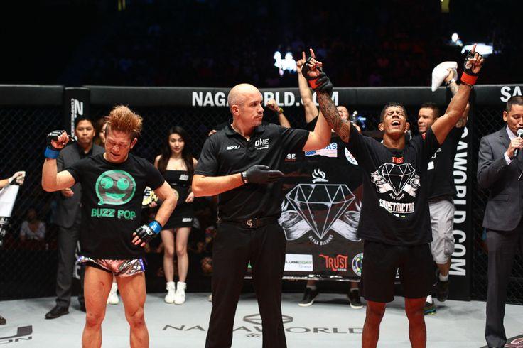 ONE Flyweight World Championship bout: Adriano Moraes defeats Riku Shibuya by Unanimous Decision