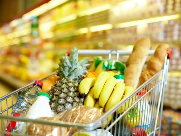 31 Healthier Picks At The Grocery Store: Take your list to the next level http://www.prevention.com/food/smart-shopping/ultimate-nutritional-guide-grocery-shopping?s=1