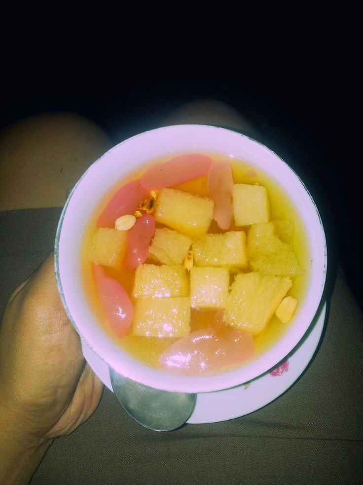 Wedang ronde - ginger drink with lemongrass & screwpine -rindumiu.blogspot.com