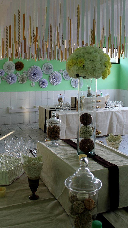 Vista arreglos florales y decoración.