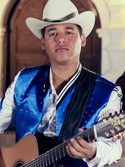 Mexican Singer Ariel Camacho Dies in a Car Crash at 22