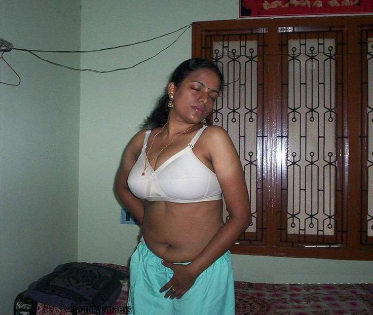 A Huge Collection Of Unseen Pictures Of Desi Girls