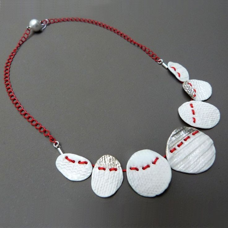Maille de Karin Stegmaier, bijoux céramique artisanale fait main