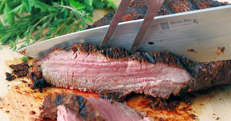 A quick & delicious Santa Maria style tri-tip recipe perfect for barbecue season! A smoky, sweet and spicy spice rub makes this tri-tip even more flavorful.