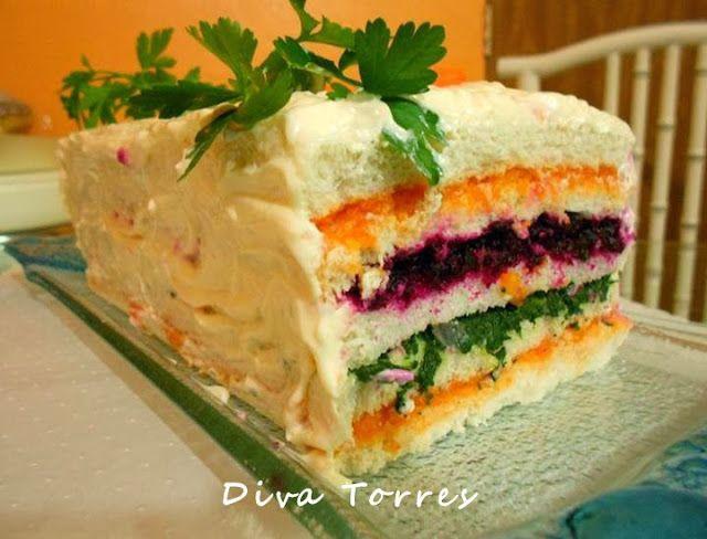 TORTA SANDUÍCHE da Diva Torres http://www.culinariareceitas-grupo.com.br/2013/11/torta-salgada-light.html Torta Salgada, Light, Diet, Dieta, Saudável, Bolo Salgado, Maionese, Pão, Pães