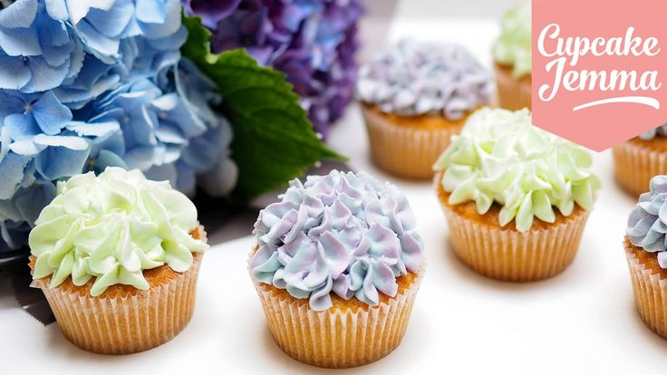 These Hydrangea Cupcakes look super difficult but in just a few easy steps