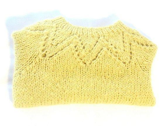 Myk, fluffy genser i str.1-2 år
