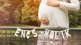 Zwangerschapsshoot buiten in natuur met kind   ministijl