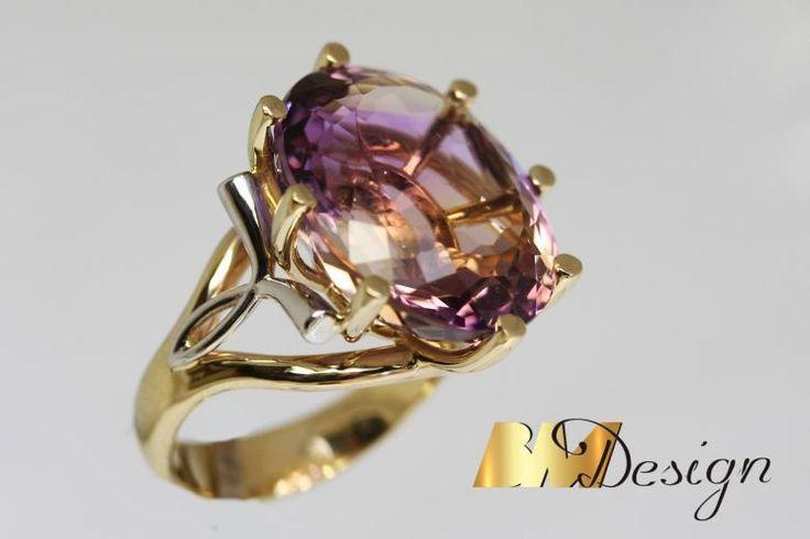 Pierścionek z ametystem projekt i wykonanie Bm Design. Zjawiskowy, okazały pierścionek z ametystem. Kolorowy - Biżuteria na indywidualne zamówienie. Ametyst Złoto Diamenty Szafiry Biżuteria Platyna