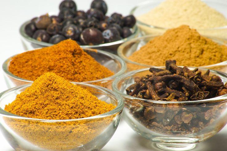 Spices, White, Pepper, Nutmeg, Cloves, Food, Seasoning _via Pixabay