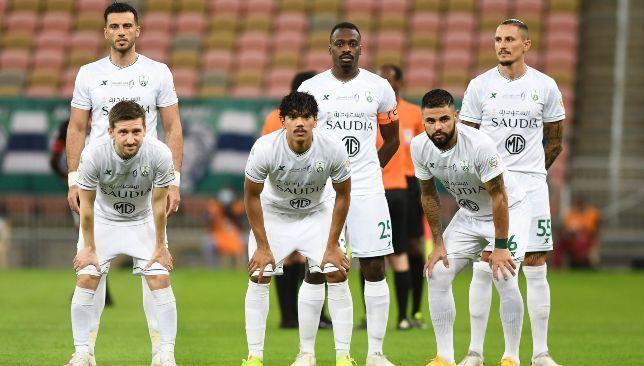 تشكيلة الأهلي السعودي في مباراة اليوم ضد الفيصلي سبورت 360 أعلن الصربي فلادان ميلويفيتش عن تشكيلة الأهلي السعودي التي سيخوض بها Soccer Field Sports Soccer