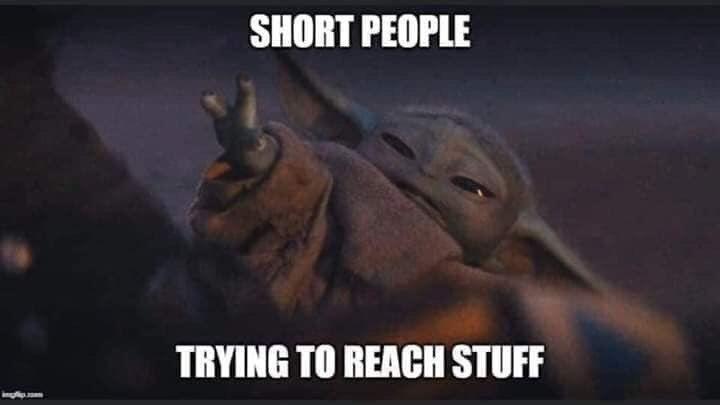 20 Hilarious Baby Yoda Memes Walyou Yoda Meme Short People Memes Funny Memes