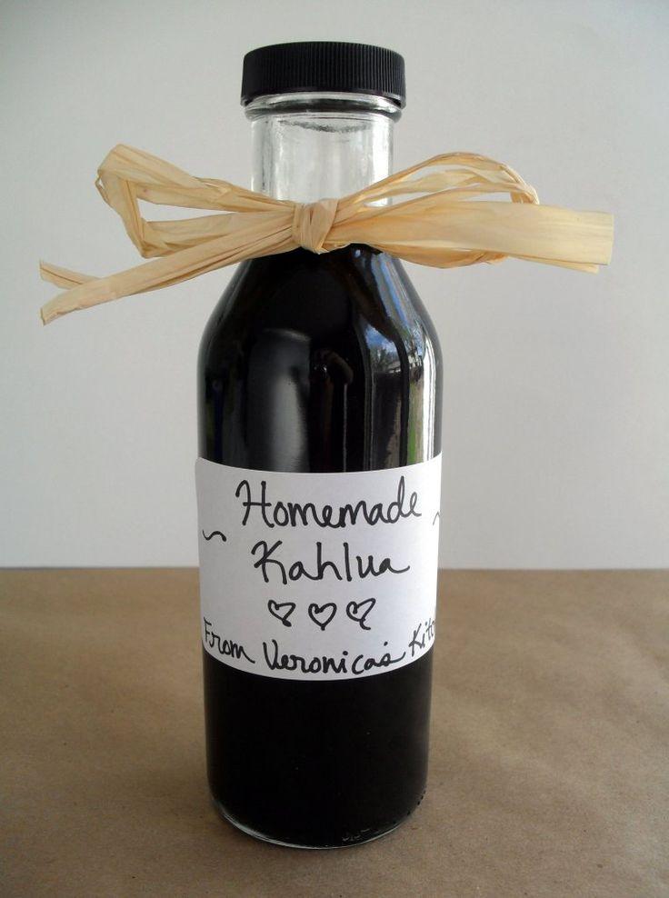 Homemade Kahlua {Coffee Liqueur}  as a gift maybe?