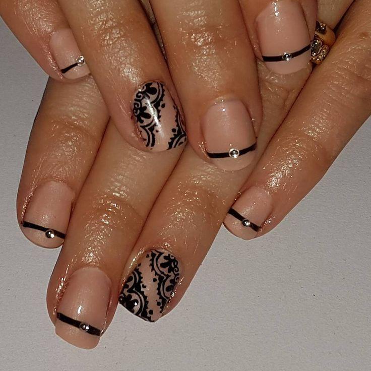 146 best black nails images on pinterest nail - Disenos de unas decoradas ...