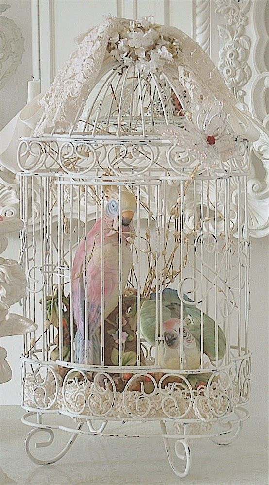 Sweetest Ideas for Decorating with Birdcages2 | Crafts a la mode.  Some nice ideas...