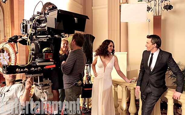 'Revenge' First Look: Olivier Martinez gets close to Victoria...and Emily? - Revenge Photo (36706083) - Fanpop