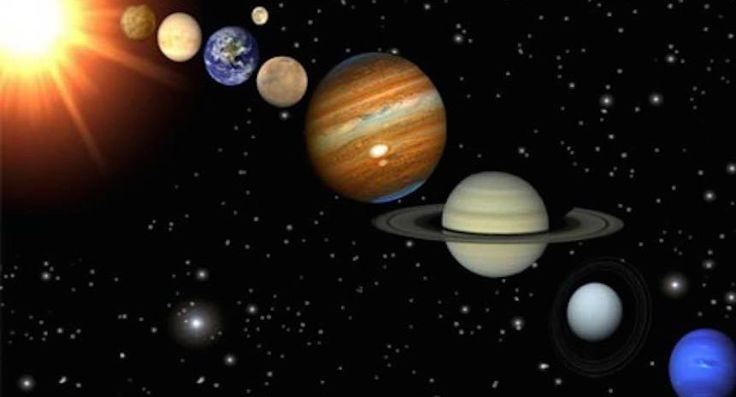 Cinco planetas se alinearán por primera vez en una década y podrán apreciarse a simple vista | Sopitas.com