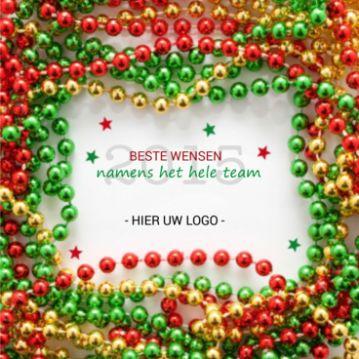 Met de vrolijke kleuren van deze kerstkralen wenst u iedereen een gelukkig 2015 toe!
