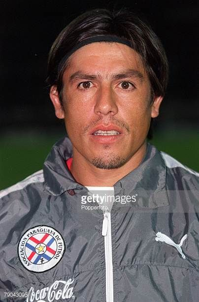 Football 2002 South American CONMEBOL World Cup Qualifier Montevideo 28th March 2001 Uruguay 0 v Paraguay 1 Portrait of Paraguay's Hugo Brizuela