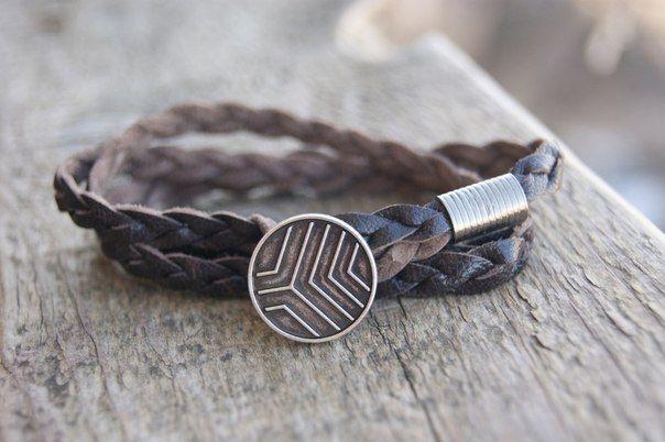 Браслеты с якорем ,мужские браслеты, кожаные браслеты, браслеты из натурального камня, браслеты с гравировкой ,деревянные кольца , мужские аксессуары , все браслеты делаются в ручную и лично мною,Handmade индивидуальный эксклюзивный дизайн ,полный размерный ряд ,оплата любым удобным для вас способом ,доставка почтой России с кодом отслеживанием (www.russianpost.r...) ,доставка курьером СДЭК(http://www.edostavka.ru),Ponyexpress(http://www.ponyexpress.ru)