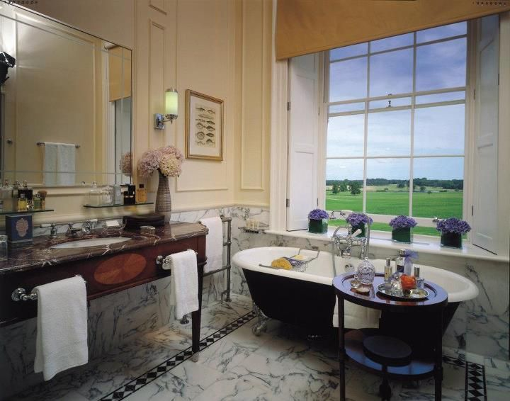 Four Seasons Hotel Hampshire 39 S Grand Manor House Marble Bath Has Captivating Views Of The Estate