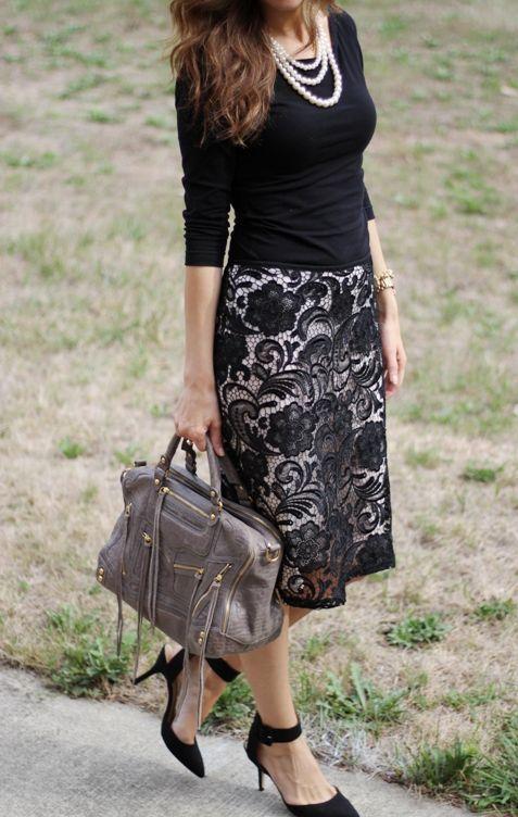 Black lace. Top Skirt: H M, Shoes: Zara, Bag: Rebecca ...