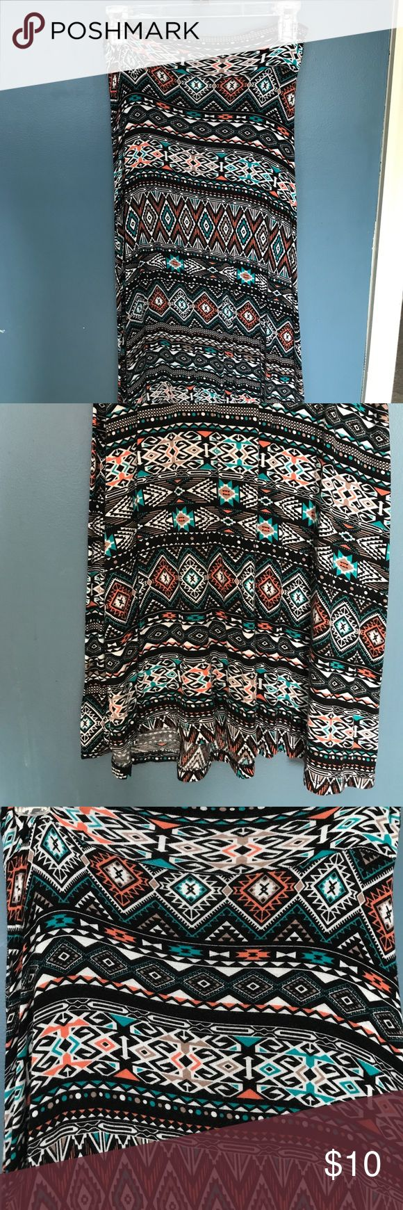 Aztec Maxi Skirt Medium Aztec maxi skirt, soft fabric good length. Skirts Maxi