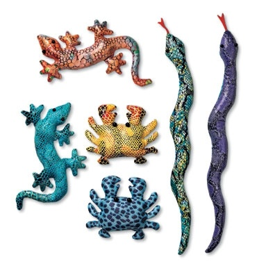 Does anyone remember these sand animals? I believe they were meant to be used as paper weights. I definitely had a gecko.