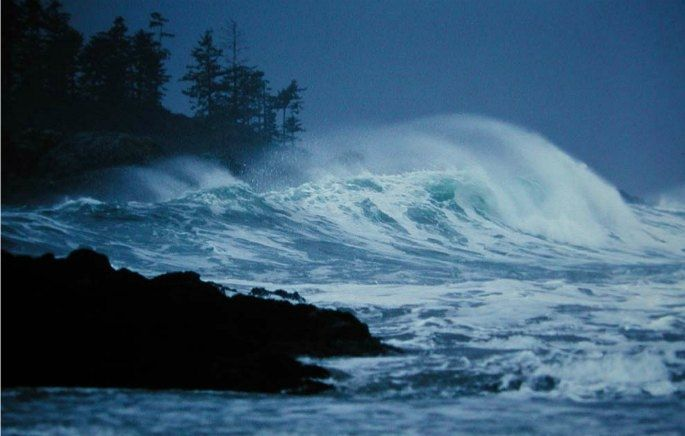 Winter Storm Watching | Wickaninnish Inn, Tofino, Canada
