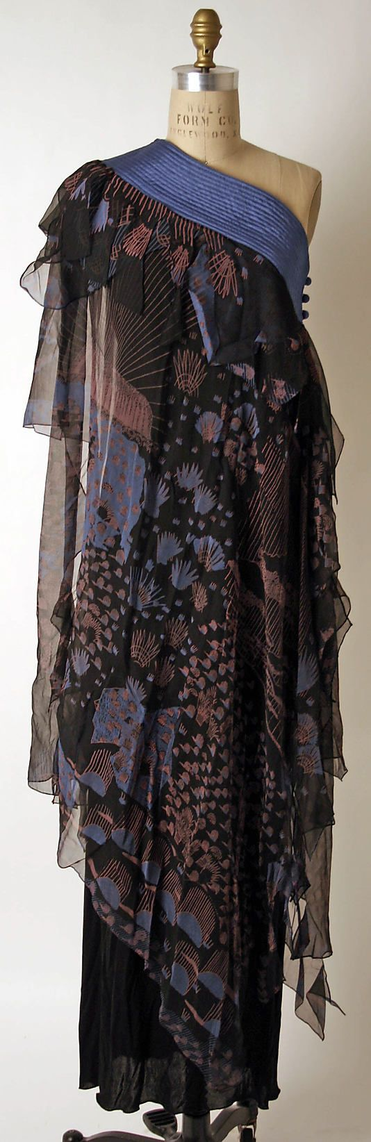 1974 Zandra Rhodes Evening dress Metropolitan Museum of Art, NY See more museum vintage dresses at http://www.vintagefashionandart.com/dresses