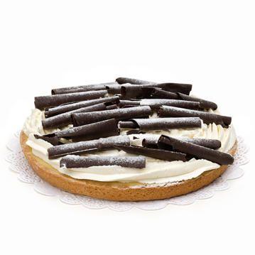 De lekkerste Rijstevlaai kun je hier bestellen en laten bezorgen door heel Nederland. Deze heerlijke Rijstevlaai met romige rijstevulling is gegarneerd met Belgische chocoladekrullen en verse slagroom. Voor 10 personen, vandaag besteld, morgen geleverd!